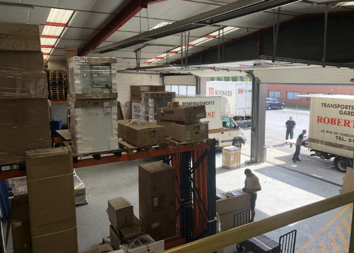 Stockage en entrepôt de vos meubles neufs et autres marchandises